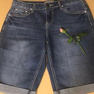 Earl Jean Shorts, Size 6